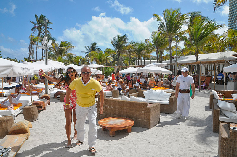 Couple at Nikki Beach Miami