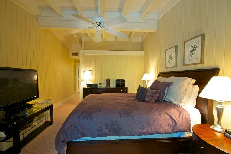 Miami luxury house bedroom