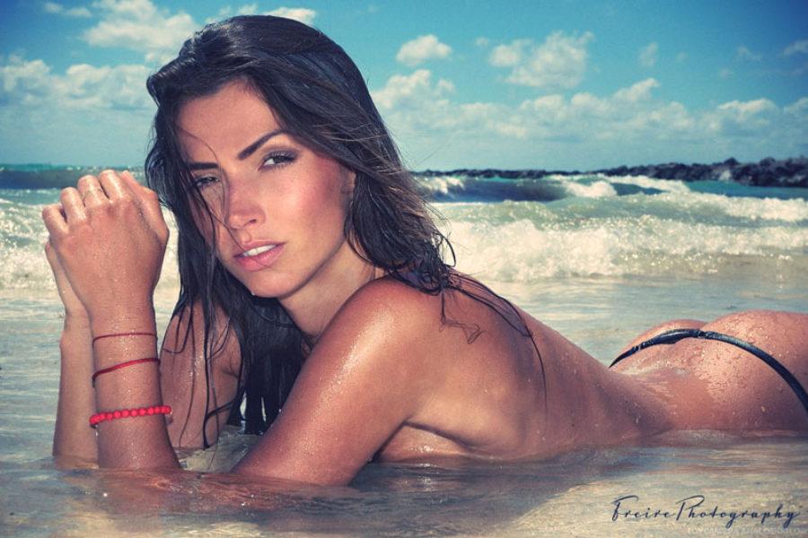 Michaela Beach glamour