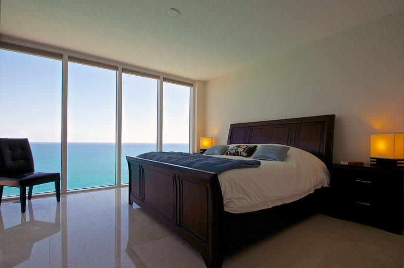 LaPerla Condo Miami bedroom