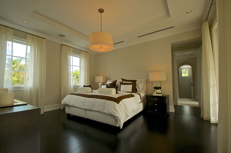 Miami Beach luxury house bedroom