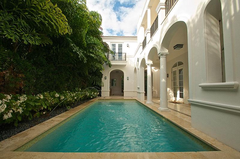 Miami Beach luxury house pool