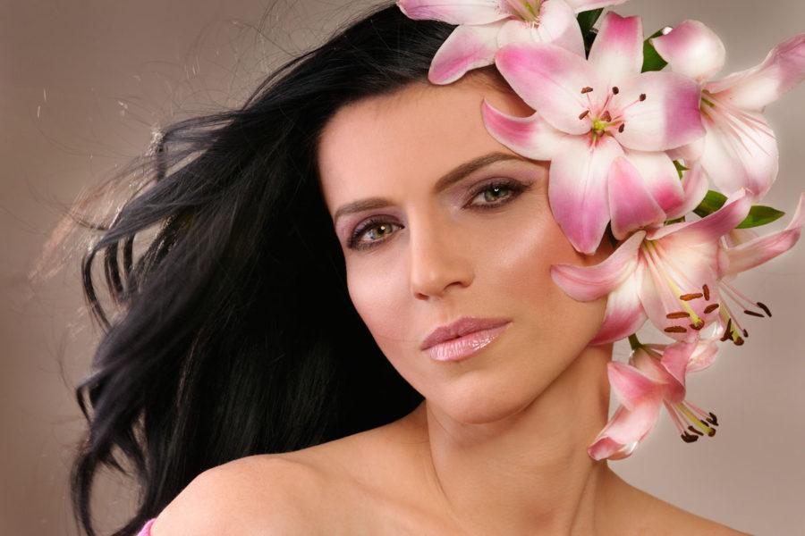Oriflame Cosmetics flyer 05-2011