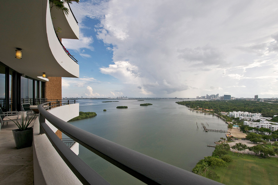 Palm-Bay-Tower-apartment-3