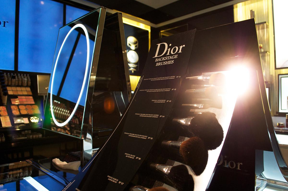 Dior-Saks-5th-Avenue-Miami-2