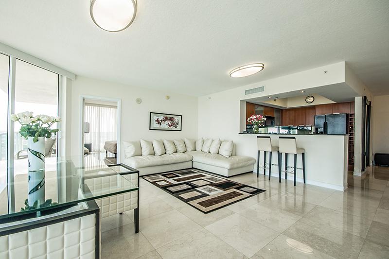 laperla-miami-livingroom