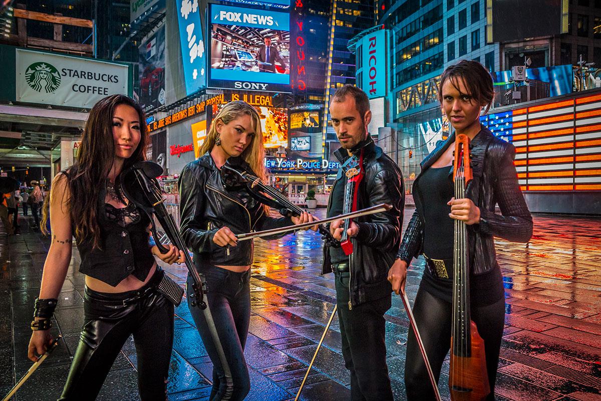 NY-Virtuosi-Time-Square-117s