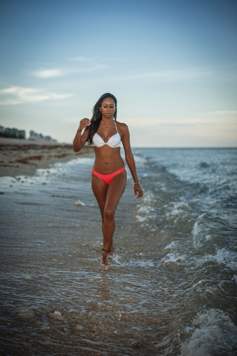 Melodie-Delany-Beach-104es