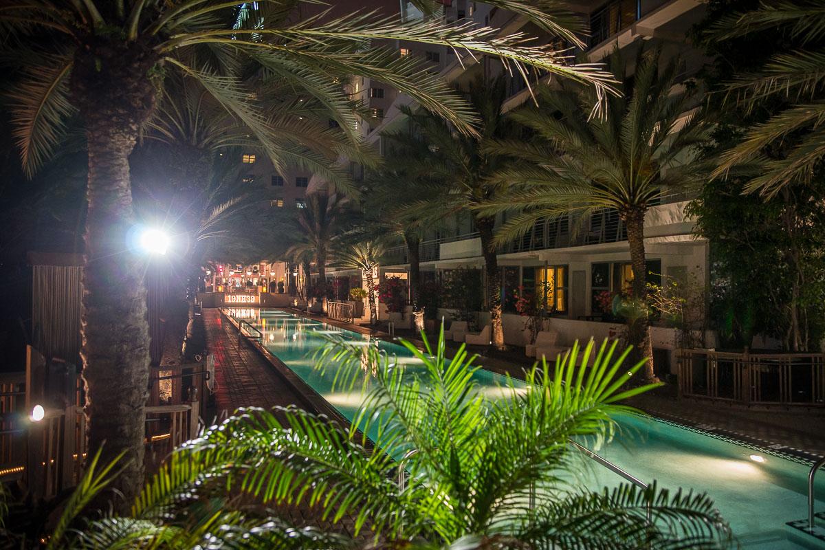 Full-Moon-party-National-Hotel-Miami-104
