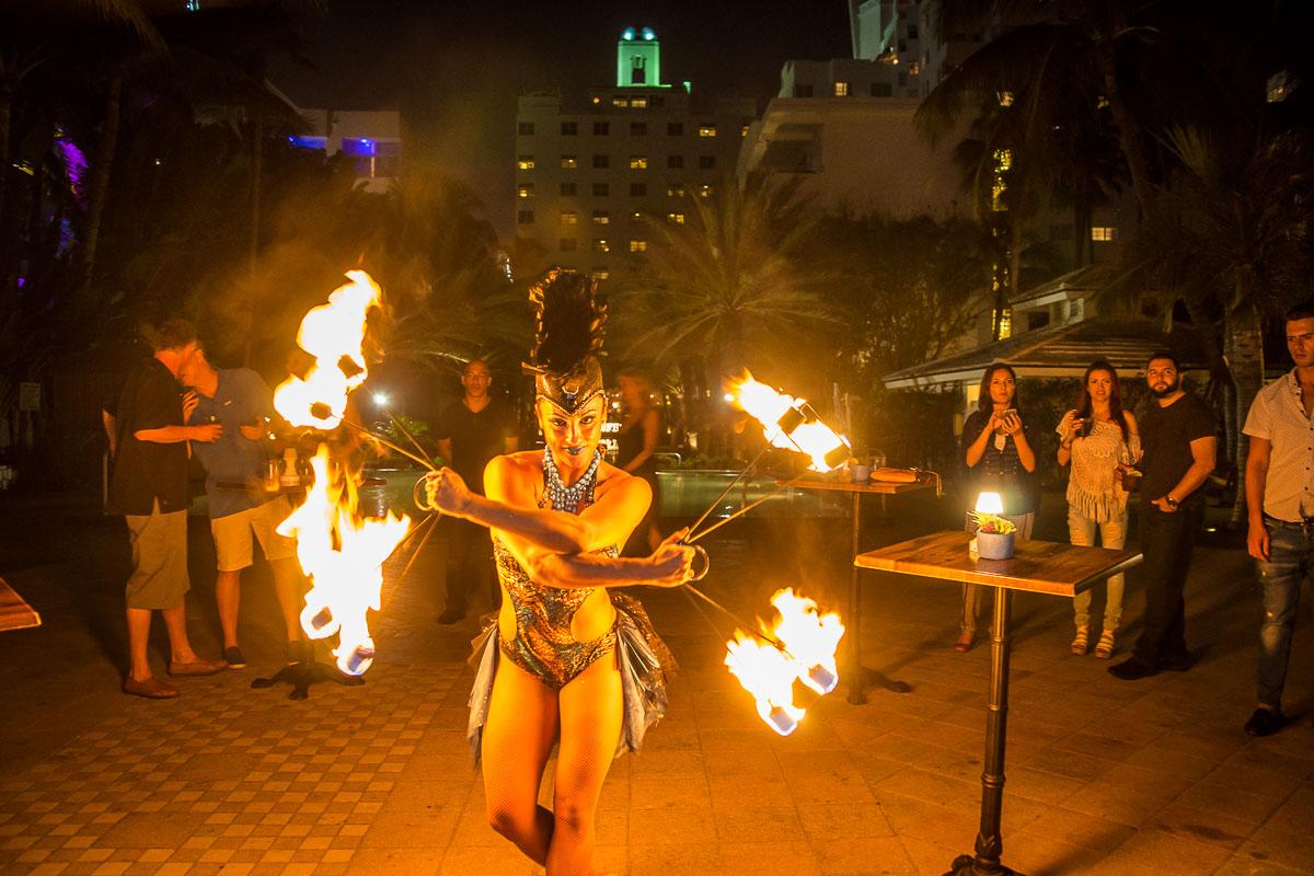 Full-Moon-party-National-Hotel-Miami-113